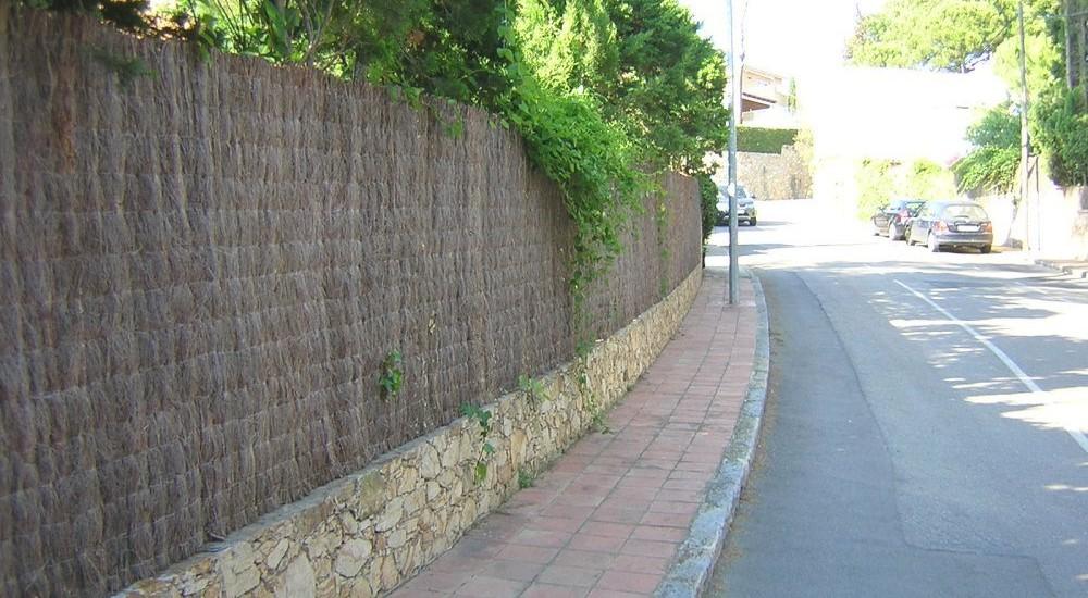 Brezo natural vallas de jard n ocultaciones f brica for Cierres de jardin